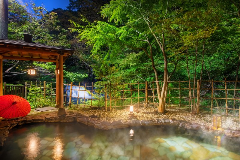 The public bath has a private hot spring source which is 100% natural and flowing directly from the source.