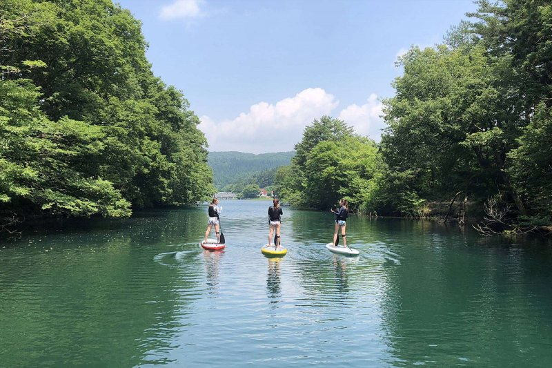 Standup paddleboarding rental & guide by Crib inawashiro