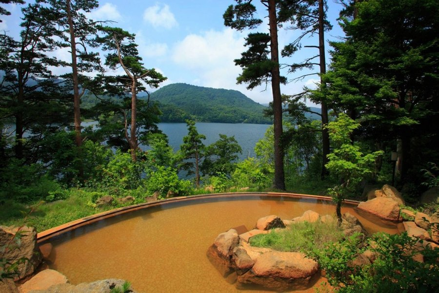 The open-air Onsen which surrounded by Mother Nature